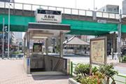月島駅(6番出口)