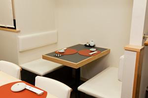 テーブル席 写真